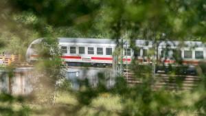 Täter von Flensburg soll zuerst Polizistin angegriffen haben