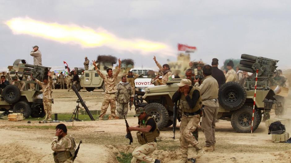 Verbündete mit eigener Agenda: Schiitische Milizen rücken auf Tikrit vor.