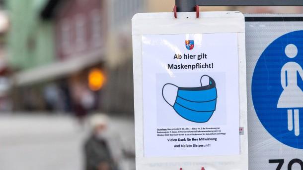 Zwei von drei Deutschen rechnen mit neuem Lockdown