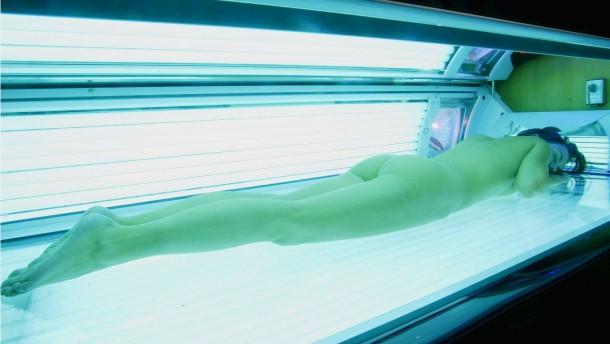 Hautkrebsgefahr durch Solarien stärker als angenommen