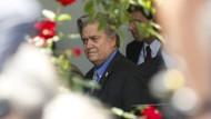 """Bannons Anhänger beklagen """"Putsch"""" im Weißen Haus"""
