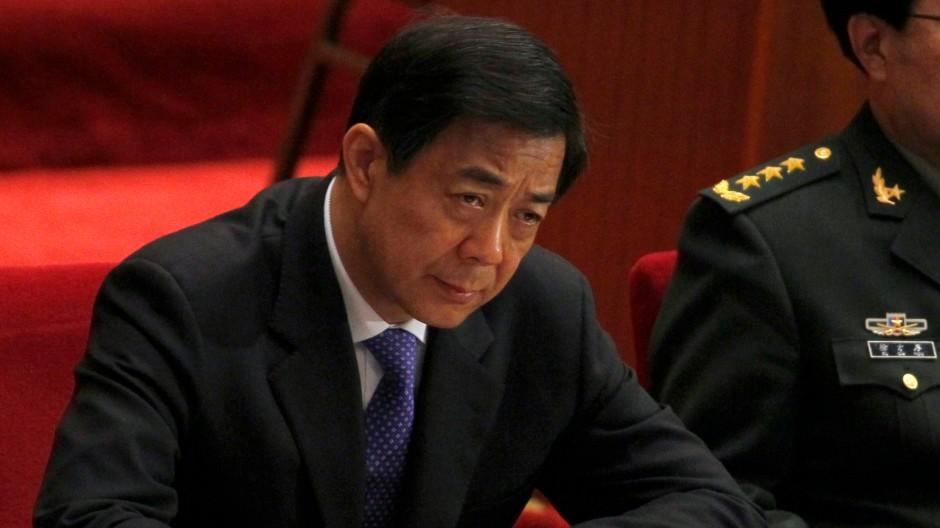 Bo Xilai wurde nun auch aus dem Politbüro suspendiert.