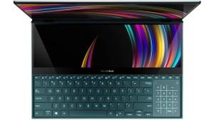Ein Notebook mit zwei Bildschirmen