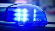 Die Polizei hat in Niedersachsen einen Jugendlichen festgenommen (Symbolbild).
