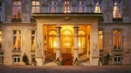 """Das """"Hôtel Beauharnais"""" im 7. Bezirk von Paris, die Residenz des deutschen Botschafters"""