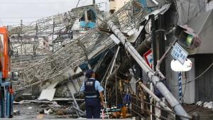 Mindestens zehn Tote in Japans Küstenmetropole