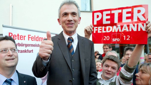 SPD-Kandidat Feldmann wird Frankfurter Oberbuergermeister