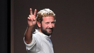 Designerwechsel nun auch im Haus Yves Saint Laurent