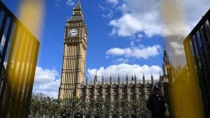 Neuwahl in Großbritannien treibt das Pfund
