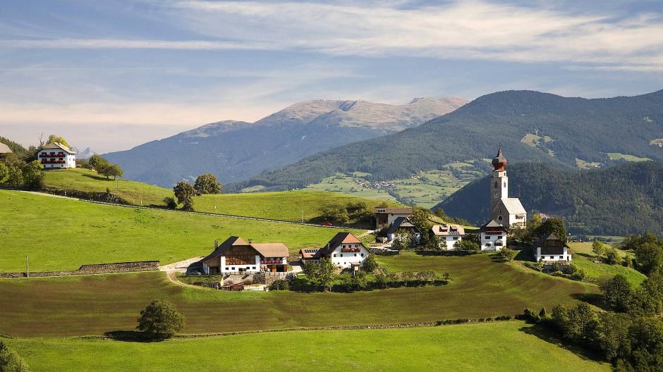 Die Ortschaft Maria Saal auf dem Ritten bei Bozen – eine österreichische Staatsbürgerschaft für deutsch- und ladinischsprachige Südtiroler wird es vorerst nicht geben.