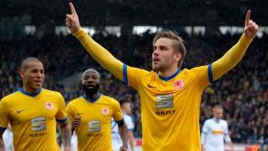 Braunschweig springt wieder auf einen Aufstiegsplatz