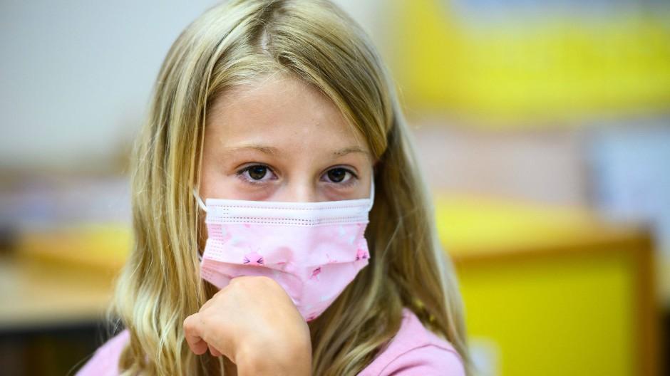 Maskenpflicht in der Schule (Symbolbild)