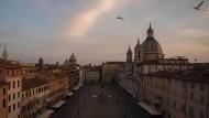 Piazza Navona in Rom: Die ökonomischen Verheerungen der Corona-Krise werden viele Länder hart treffen, vor allem aber Italien.