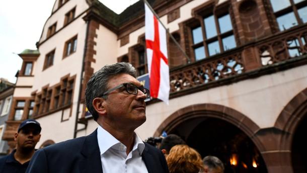 Oberbürgermeister Salomon unterliegt in erster Wahlrunde