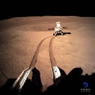 Seit Januar 2019 untersuchen Lander und Rover der chinesischen Chang'e-4-Mission die Rückseite des Mondes, hier eine gestellte Aufnahme des Rovers.