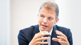 Deutsche Bank hat hohe Kosten und verdient dennoch mehr