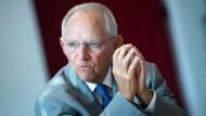 Soll zu einem Gespräch mit Ex-Börsen-Chef Kengeter befragt werden: Bundestagspräsident Wolfgang Schäuble