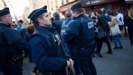 Hollande möchte Ausnahmezustand auf drei Monate verlängern