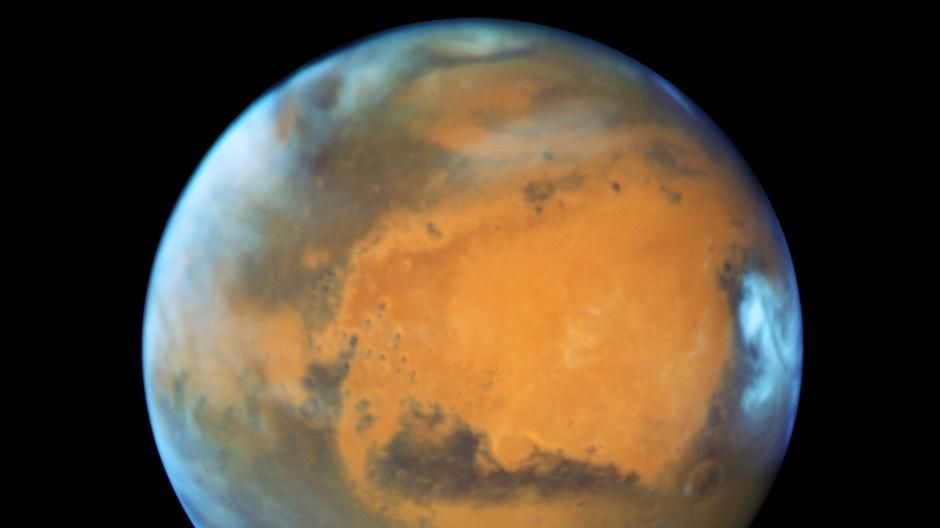 Der Mars ist auf einer Aufnahme des Hubble-Weltraumteleskops aus dem Jahr 2016 zu sehen,