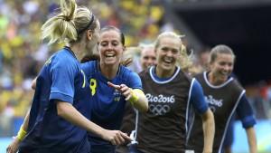 Schwedens Fußball-Frauen zerstören Brasiliens Traum