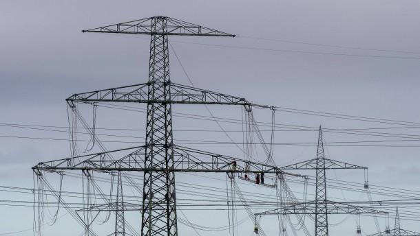 Stromverbrauch sinkt – Endpreise zunächst nicht