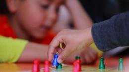 Nehmen Jugendämter und Gerichte zu vielen Familien die Kinder weg?