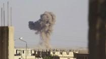 Bombenangriff auf Dschihadisten der IS bei Tabqa