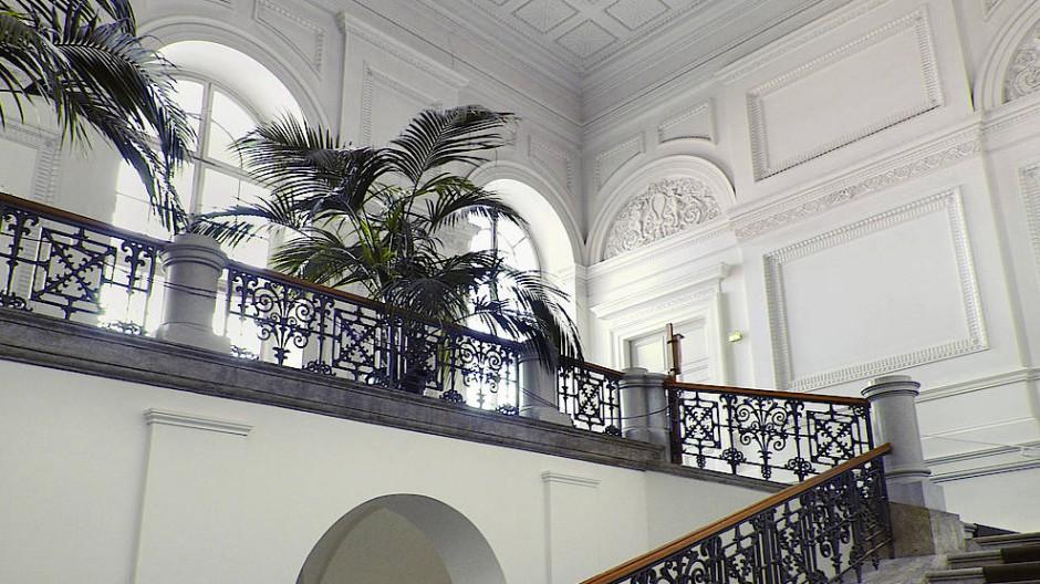 Aufstieg für Erwählte: das Treppenhaus der Bayerischen Akademie der Schönen Künste