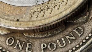 Der Euro zeigt dem Pfund die Hacken