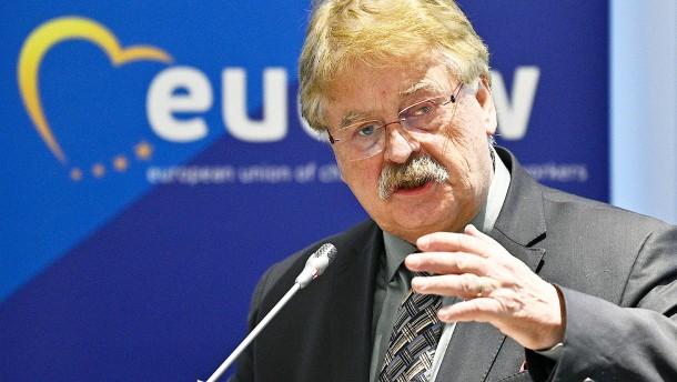CDU-Europaabgeordnete fordern Listenplatz für Elmar Brok