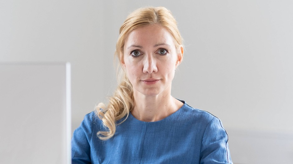 Die Frankfurter Virologin Sandra Ciesek nimmt die Antigen-Schnelltests zumindest teilweise in Schutz.