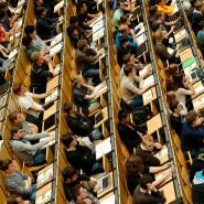 An der Uni ist das Fach Informatik beliebt: Viele Fachleute finden, dass bereits jeder Schüler Informatik haben sollte.
