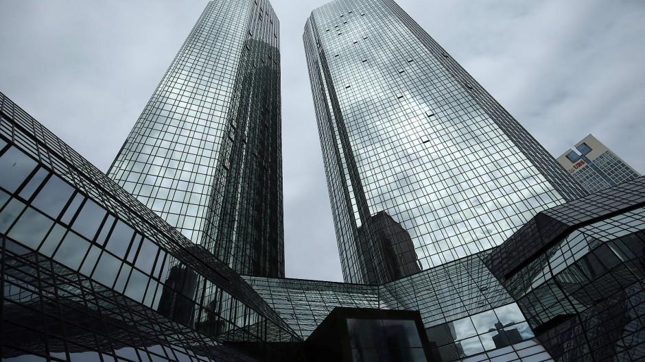 Die Deutsche-Bank-Konzernzentrale in Frankfurt