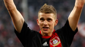 Bayer Leverkusen's Bender celebrates victory against Cologne during the German first division Bundesliga soccer match in Cologne