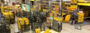 Der Tatort: Das Briefzentrum Frankfurt. Millionen echte Briefe kommen hier täglich an. Etliche Millionen wurden offenbar nur erfunden.