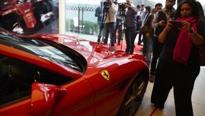 Ferrari kommt an die Mailänder Börse