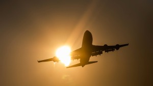 Ferienansturm auf Flughafen kündigt sich an