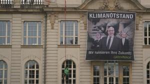 Greenpeace übt Druck auf Bundesregierung aus