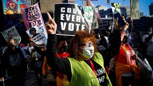 Streit um Stimmen spaltet Amerikaner