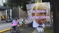 Ein Festival im Schatten von Trump