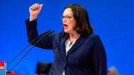 Andrea Nahles, 47, SPD-Vorsitzende aus dem Dorf Weiler in der Eifel