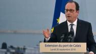 Hollande will Flüchtlingslager bis Winter schließen