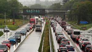 Mehrere Unfälle in Nordhessen sorgen für Staus