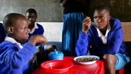 """So ging es in der ersten Runde: Die """"Millennium-Ziele"""" der Vereinten Nationen brachten auch 14 """"Millennium-Dörfer"""" hervor, in denen Armen geholfen werden sollte."""