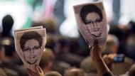 Vielgepriesen in der Öffentlichkeit: Warum sollte Snowden den Bundestag als Plattform für umfassende Enthüllungen nutzen?