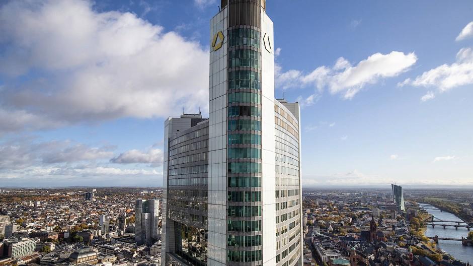 Die Commerzbank will ihre Filialdichte fast um die Hälfte reduzieren.
