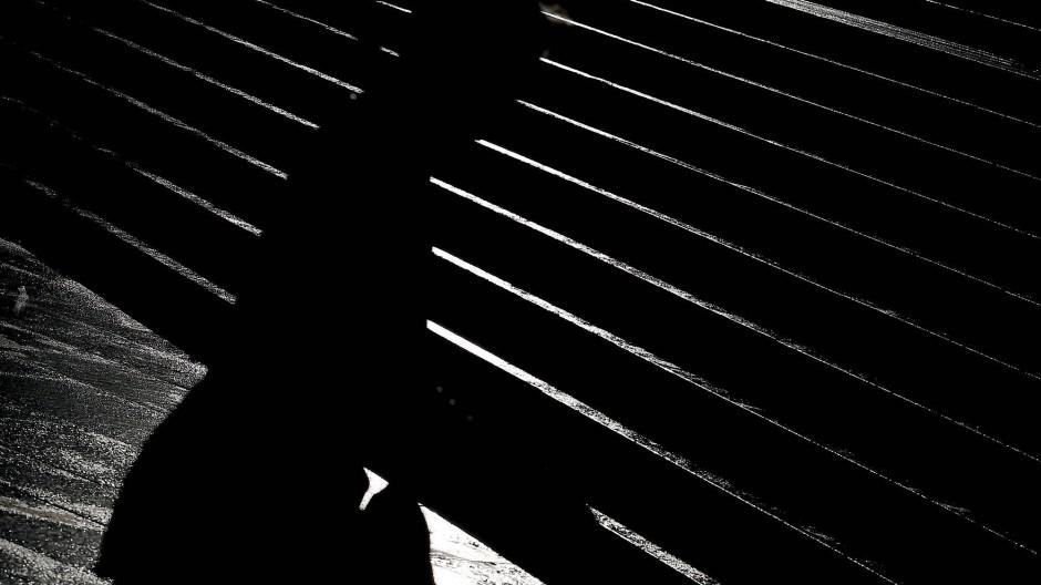 Frau, allein, im Dunkeln: Viele Frauen und Mädchen fühlen sich in deutschen Großstädten nicht sicher.