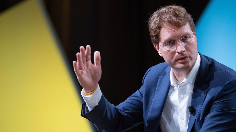 Daimlers Konzernchef Ola Källenius war auch beim Bürgerforum zugegen, kritischen Fragen stellte er sich allerdings nicht.