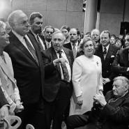 Teil der Stadtgesellschaft: Zum 70. Geburtstag von Ignatz Bubis (Mitte) 1997 gratulierten Helmut Kohl und Petra Roth.