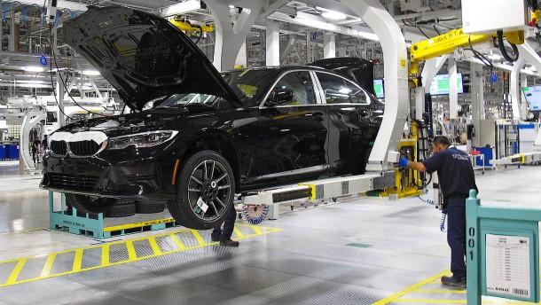 BMW hält an Fabrik in Mexiko fest